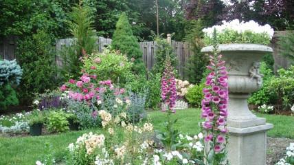 TRIPSETTER - Ontario Better Homes Than Gardens &