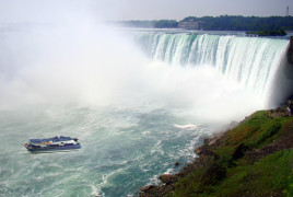 Hornblower Niagara Cruises Maid of the Mist Niagara Falls Ontario