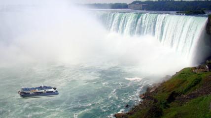 Hornblower Niagara Cruises Maid of the Mist Niagara Falls Ontario